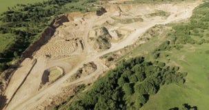 Vista aérea de la mina de la arena 4K almacen de video