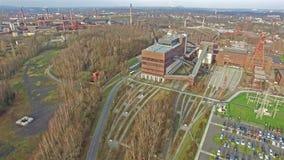 Vista aérea de la mina de carbón de la herencia Zollverein metrajes