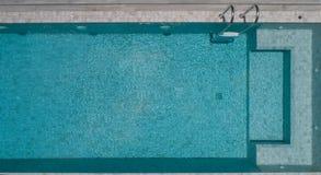 Vista aérea de la piscina Imágenes de archivo libres de regalías