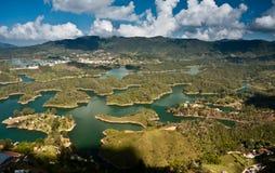 Vista aérea de la presa de Guatape, Colombia Imagenes de archivo