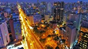 Vista aérea de la puesta del sol en la ciudad imagen de archivo libre de regalías