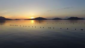 Vista aérea de la puesta del sol hermosa almacen de video