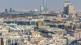 Vista a?rea de la vecindad Deira con el timelapse t?pico de los edificios, Dubai, United Arab Emirates almacen de metraje de vídeo