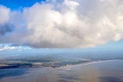 Vista aérea de Loire, nuvens, névoa da manhã do anf do céu do pântano de Oceano Atlântico Fotos de Stock