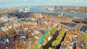 Vista aérea de los canales en Amsterdam almacen de video