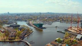 Vista aérea de los canales en Amsterdam metrajes
