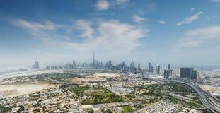 Vista aérea de los rascacielos modernos de la ciudad en Dubai, UAE Imagen de archivo