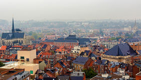 Vista aérea de Lovaina, Bélgica, de la torre de la universidad Imagen de archivo libre de regalías