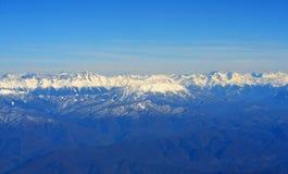 Vista aérea de montañas Fotos de archivo libres de regalías