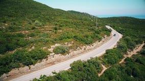 Vista aérea de montanhas de Arrabida, Setubal, Portugal vídeos de arquivo