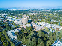 Vista aérea de Mountain View céntrico en California Foto de archivo libre de regalías