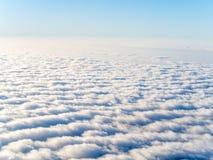 Vista aérea de nuvens do stratocumulus Fotos de Stock
