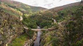 Vista aérea de passagens da natureza de Paiva no rio de Paiva, Portugal Fotografia de Stock Royalty Free