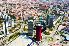 Vista aérea de rascacielos en el distrito de Sants-Montjuic Barcelona imagenes de archivo