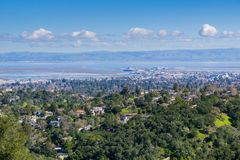 Vista aérea de Redwood City, Silicon Valley, San Francisco Bay, Califórnia imagens de stock royalty free