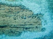 Vista aérea de rocas en el mar Descripción del fondo del mar visto desde arriba imagen de archivo