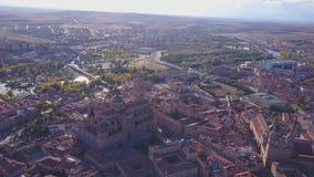 Vista aérea de Salamanca com a cidade excedente elevado da catedral histórica, Espanha filme
