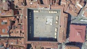 Vista aérea de Salamanca con la plaza principal en donde se localiza el ayuntamiento, España almacen de video