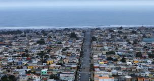 Vista aérea de San Francisco com o Oceano Pacífico no fundo 4K filme