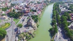Vista aérea de Tbilisi metrajes