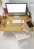 Vista aérea de um espaço de trabalho criativo moderno. fotografia de stock royalty free