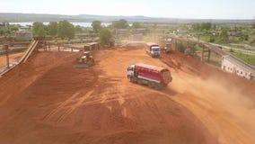 Vista aérea de un depósito de mineral almacen de video