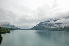 Vista aérea de un pueblo suizo del país. Foto de archivo libre de regalías
