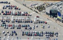 Vista aérea de un supermercado fotografía de archivo libre de regalías