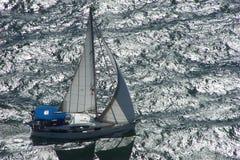 Vista aérea de un yate Fotografía de archivo