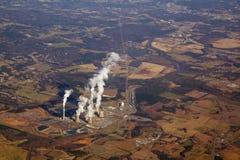 Vista aérea de una central eléctrica Fotos de archivo