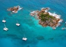 Vista aérea de una isla del paraíso foto de archivo