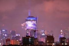 Vista aérea de Varsóvia Varsóvia do centro na noite ` S Eve Fireworks do ano novo fotos de stock royalty free