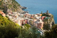 Vista aérea de Vernazza, Itália imagens de stock royalty free