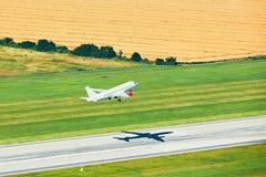 Vista aérea del aeropuerto Imágenes de archivo libres de regalías