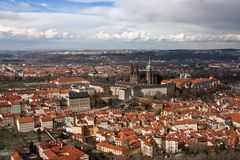 Vista aérea del castillo de Praga Imagen de archivo libre de regalías