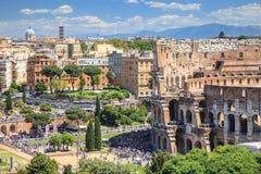 Vista aérea del cuadrado de Colosseum en Roma, Italia Arquitectura y señal de Roma imagen de archivo
