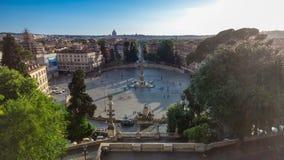 Vista aérea del cuadrado urbano grande, el timelapse del Popolo de la plaza, Roma en la puesta del sol metrajes