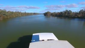 Vista aérea del día de fiesta Murray River Australia de la casa flotante metrajes