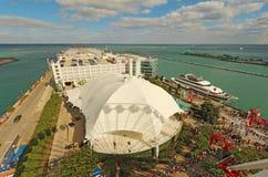 Vista aérea del embarcadero de la marina de guerra en Chicago, Illinois Imagen de archivo