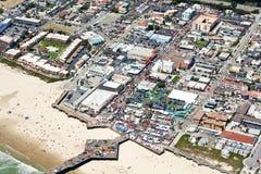 Vista aérea del embarcadero en la playa de Pismo, CA Imágenes de archivo libres de regalías