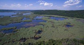 Vista aérea del lago Srebarna cerca de Silistra, Bulgaria fotografía de archivo libre de regalías
