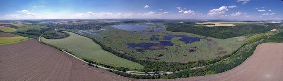 Vista aérea del lago Srebarna cerca de Silistra, Bulgaria fotografía de archivo