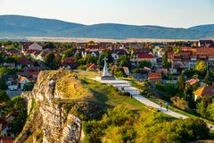 Vista aérea del monumento de la colina del castillo por la tarde en Veszp Imagenes de archivo