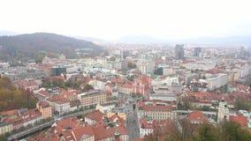 Vista aérea del paisaje urbano de Ljubliana almacen de video