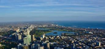 Vista aérea del paisaje urbano de Melbourne Australia durante d3ia Imagenes de archivo