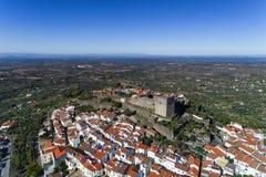 Vista aérea del pueblo de Castelo de Vide en Alentejo, Portugal Foto de archivo
