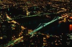 Vista aérea del puente de Brooklyn y de Manhattan, NY Imagen de archivo libre de regalías