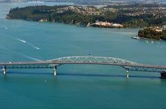 Vista aérea del puente del puerto de Auckland Fotos de archivo