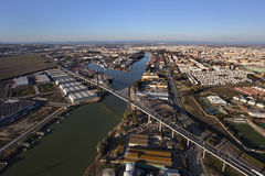 Vista aérea del quinto puente centenario, Sevilla Imagen de archivo