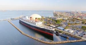 Vista aérea del revestimiento marino del RMS Queen Mary, Long Beach, CA Imagen de archivo